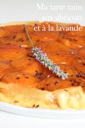 Tarte Tatin aux abricots et à la lavande